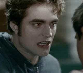 Illustration for article titled Edward Cullen throws a vampire tantrum in new Eclipse clips