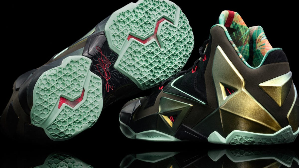 89fb1a5c8bd Nike Lebron 11  Shoes That Look Like Space Rock Diamonds