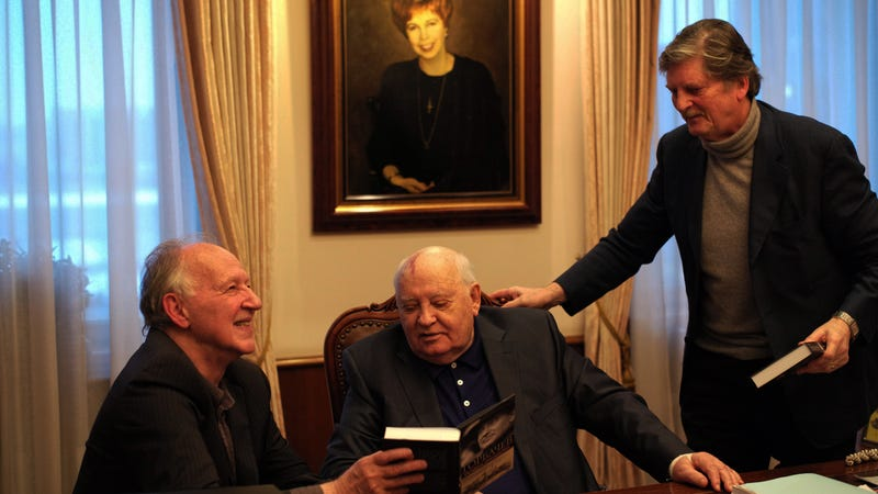 Illustration for article titled Werner Herzog lends his voice and brand, but little else, to the unilluminating Meeting Gorbachev