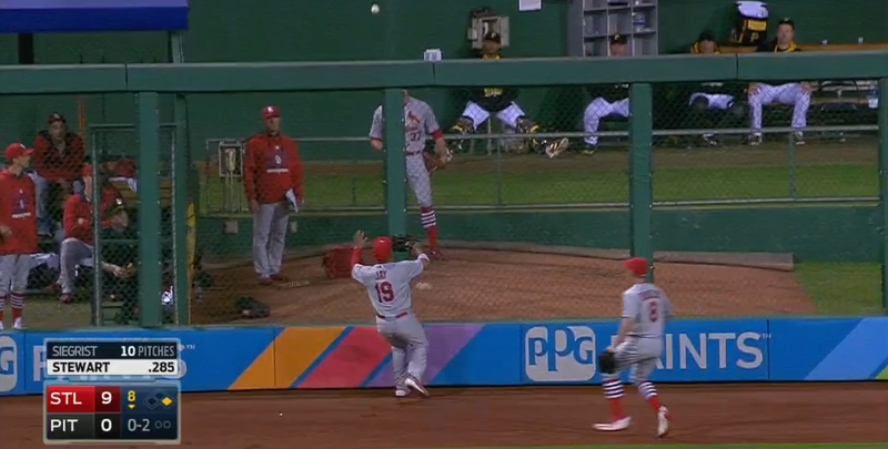 Illustration for article titled Jon Jay (Accidentally?) Fakes A Ground Rule Double, Prevents Run
