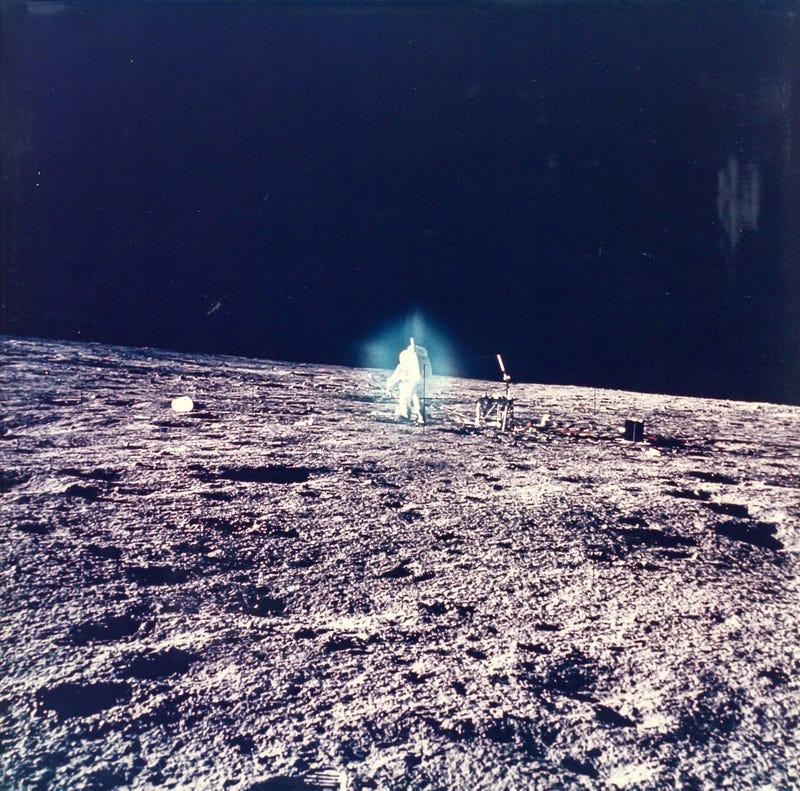 Illustration for article titled Lehet egyáltalán rossz képet csinálni az űrben?