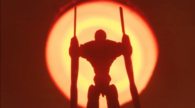 A review of Neon Genesis Evangelion from someone who's only seen this 10-minute sweded remake