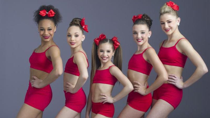 Illustration for article titled Dance Moms chassés into its summer premiere