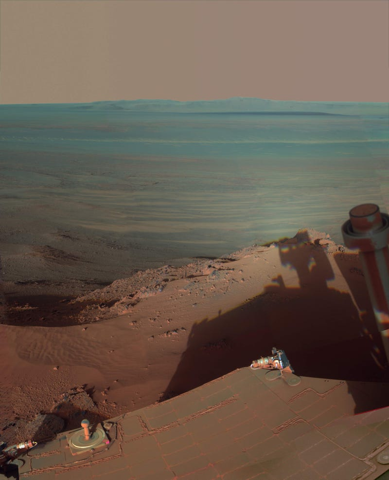 Illustration for article titled NASA's Opportunity rover snaps a rare self-portrait