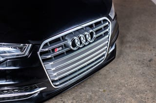 Illustration for article titled The Audi S6 Will Very Politely Punch You Square in the Face