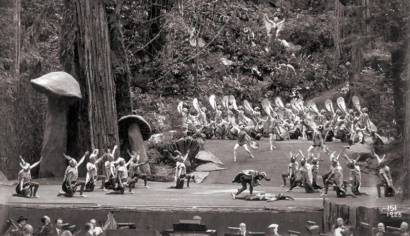 Illustration for article titled Hay un club secreto en un bosque de California donde cada año se reúnen algunos de los hombres más poderosos del planeta