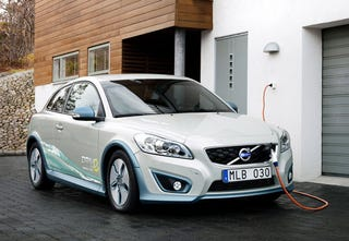 Illustration for article titled Volvo C30 Electric: First Photos