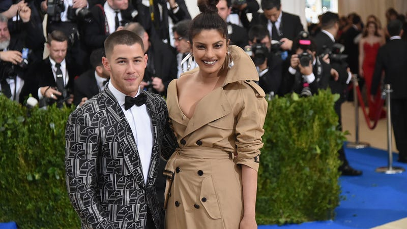 Illustration for article titled It's Their Right to Be Hellish, Priyanka Chopra and Nick Jonas Get Engaged After 2 Months of Dating