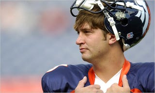 Illustration for article titled Jay Cutler Continues To Compare Himself Favourably to Other Quarterbacks