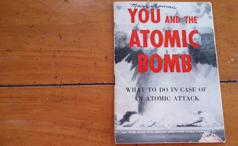 Qué hacer en caso de bomba atómica... según este folleto olvidado de 1950