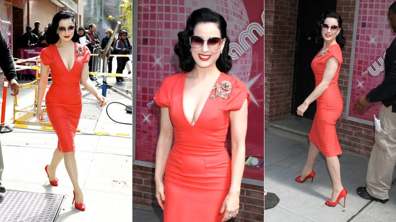 Illustration for article titled Dita Von Teese Is Perfect From Hair To Heels