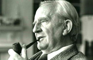 Illustration for article titled JRR Tolkien Explains Lord Of The Rings In Legendary Recording