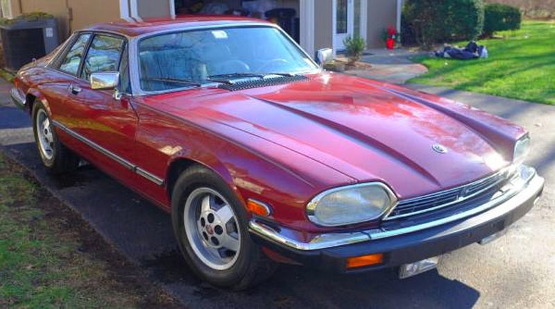 Illustration for article titled For $6000, Could This Rare But Rusty 1984 Jaguar XJS Be The Cat's Pajamas?