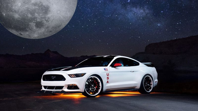 Illustration for article titled You Can Now Get An Apollo-Edition Mustang Because The World Is Great