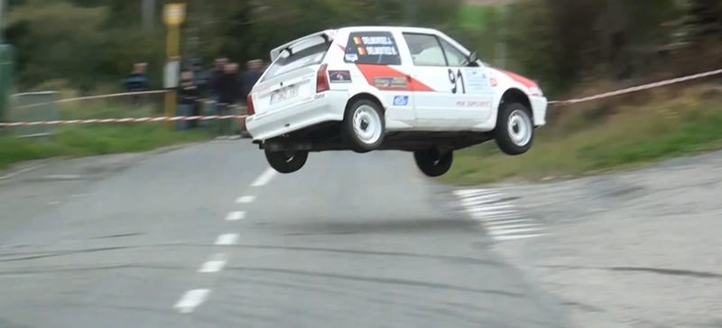 Illustration for article titled Watch This Tiny Hatchback Rally Jump Go So Very Wrong