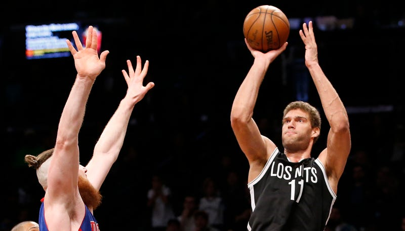 Back-to-back losses puts Pistons' playoff hopes on thin ice