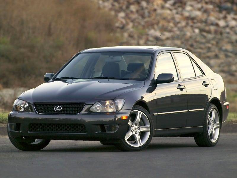 Illustration for article titled Is the Lexus Is300 reliable?