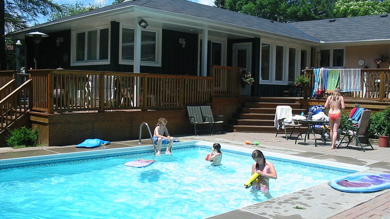 Why you should think twice about buying a home with a for Uses for old swimming pools