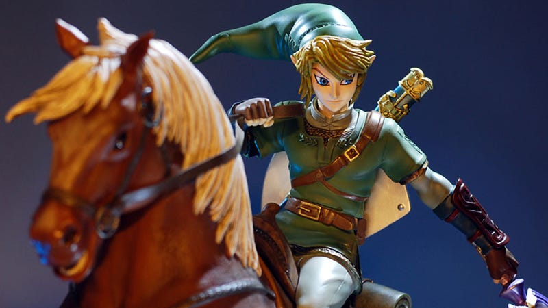 Illustration for article titled Would You Pay More Than $400 for a Link Statue? What If They Threw In a Horse?
