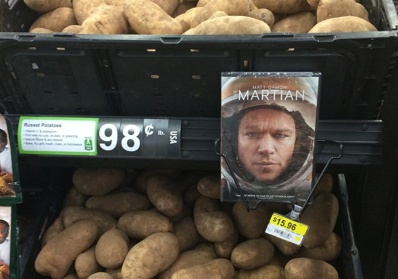 Illustration for article titled That Viral Photo of The Martian DVD Next to Potatoes Is No Accident