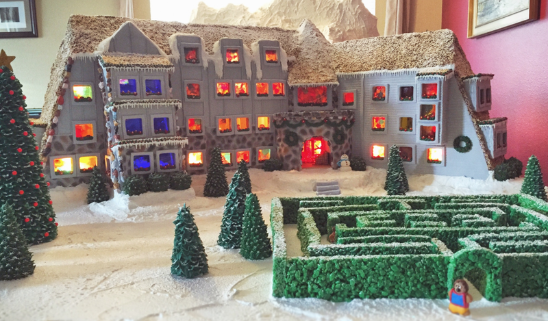 Illustration for article titled I Hope No One Tries to Hack ThisShining-Inspired Gingerbread Hotel to Pieces
