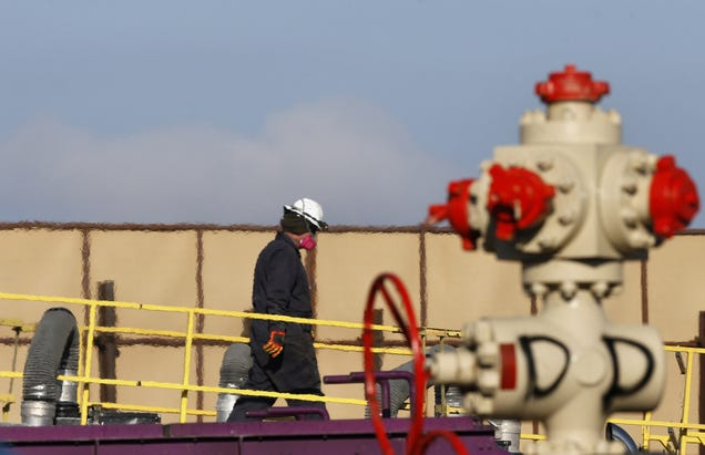 Oil CEOs Laid Off Workers and Gave Themselves Raises During the Pandemic