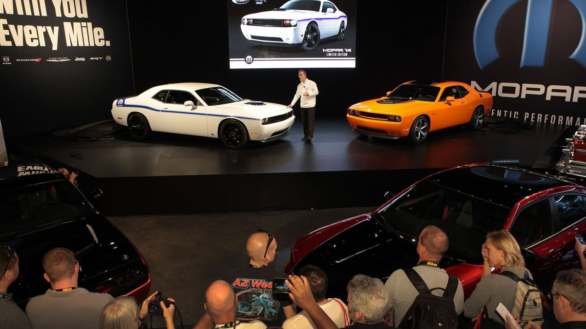 Hemi® 'Shaker' Returns – 2014 Challenger R/T And Mopar '14