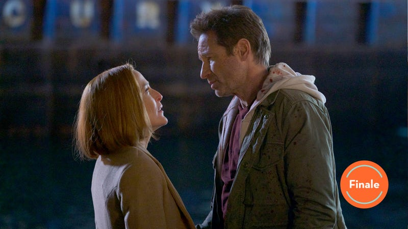Gillian Anderson (left) and David Duchovny