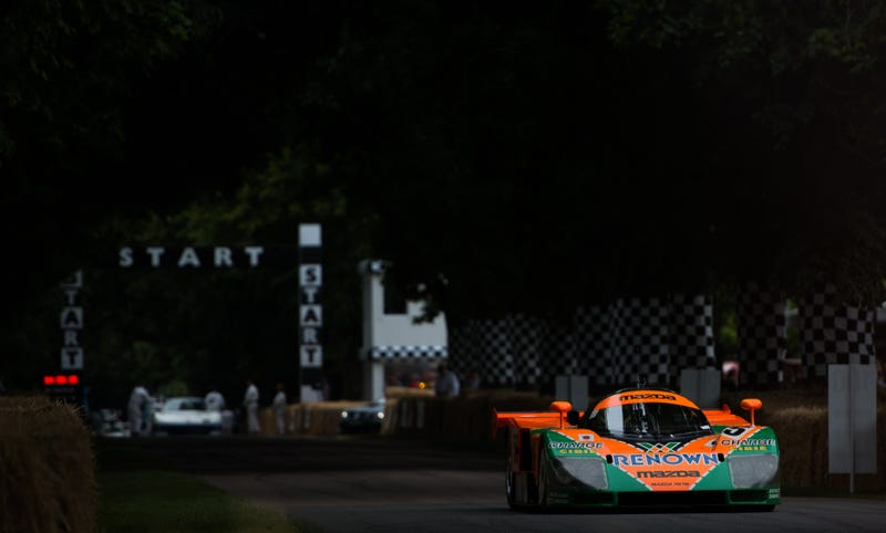 Illustration for article titled Your Ridiculously Awesome Mazda 787B Wallpaper Is Here