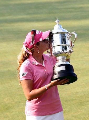 Illustration for article titled LPGA Star Wins Over $500K, Plans To Purchase Exorbitant Bag
