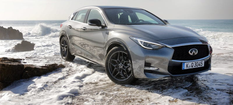 2017 Infiniti Q30 Does Something Diffe And It Works Well