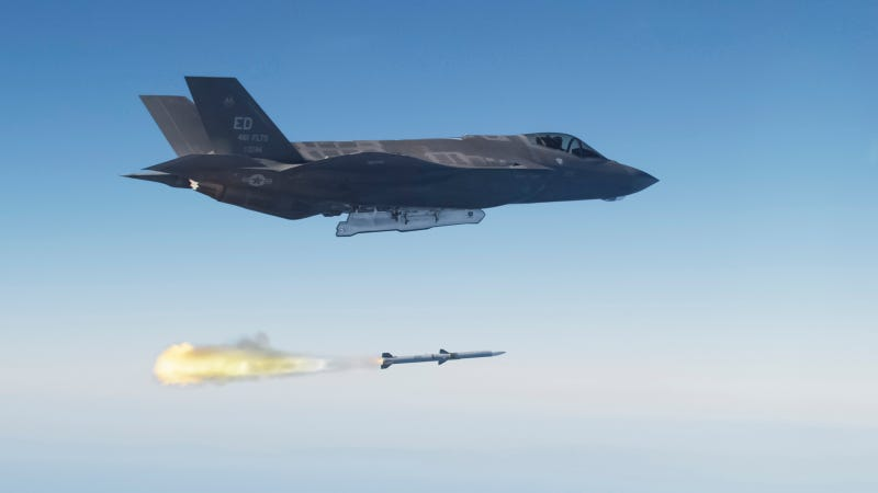 Illustration for article titled The F-35A Became a Full-Fledged Weapons System Yesterday