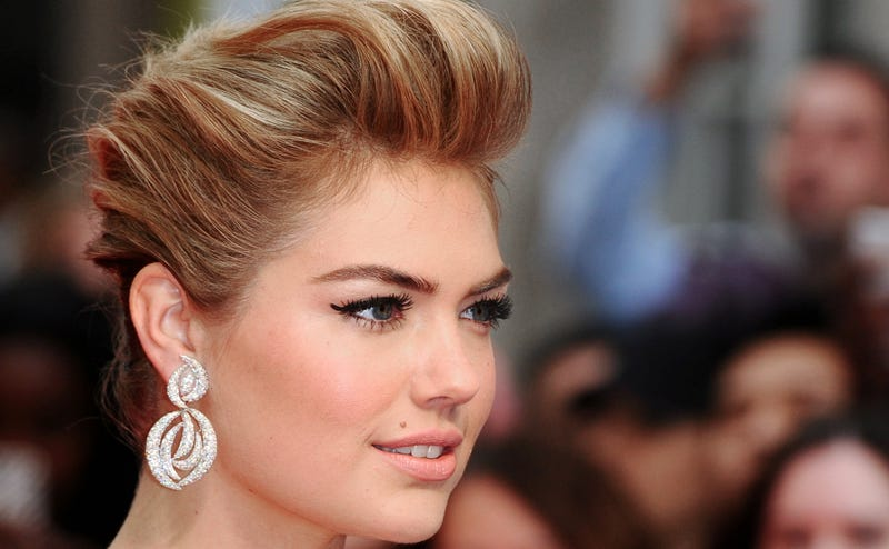 Illustration for article titled Kate Upton Actually Doesn't Hate Her Boobs