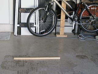 Illustration for article titled DIY Garage Parking Bumper Keeps You from Knocking Over the Bicycles