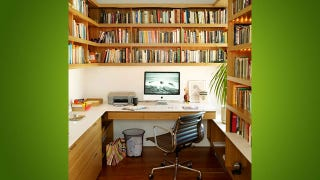 Illustration for article titled The Mini Library Workspace