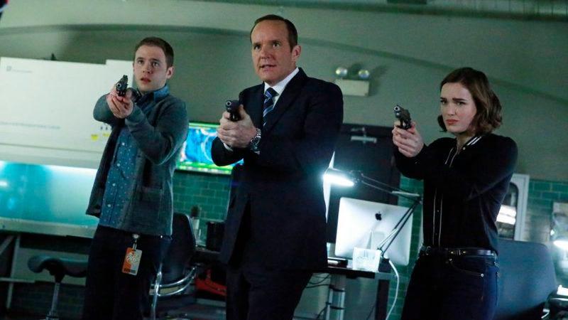 "Illustration for article titled Marvel's Agents Of S.H.I.E.L.D.: ""S.O.S., Parts One And Two"""