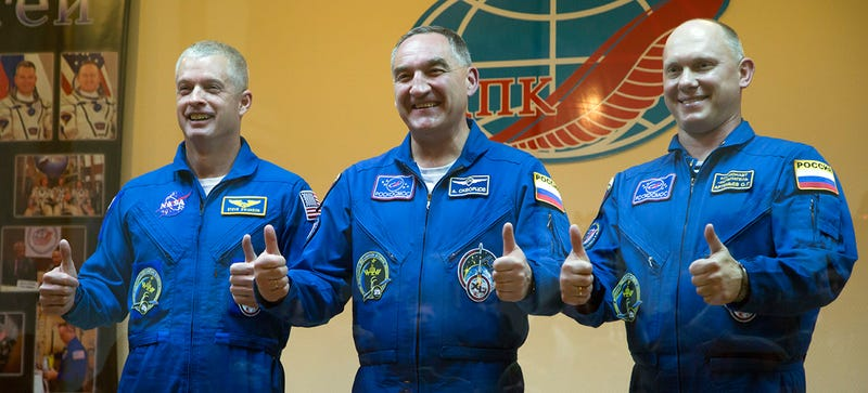 Illustration for article titled Soyuz Thruster Malfunction Has ISS Crew Running Two Days Late