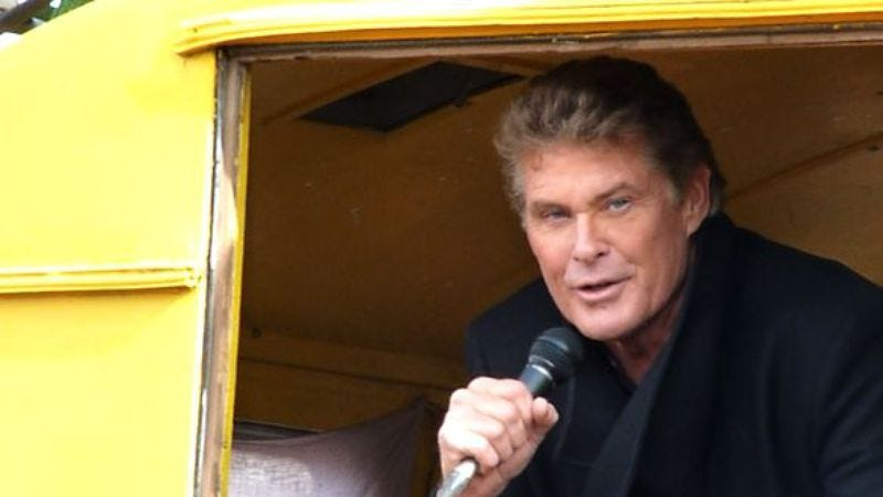Illustration for article titled David Hasselhoff protests plans to tear down the Berlin Wall