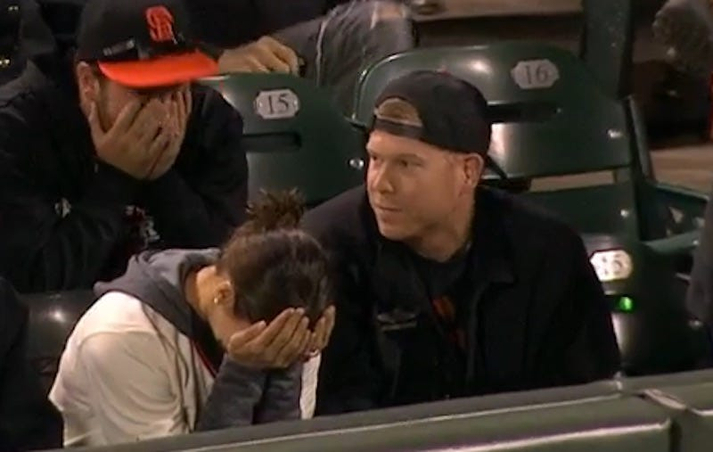 Illustration for article titled Giants Fan Grabs Fair Ball, Possibly Ruins His Own Life