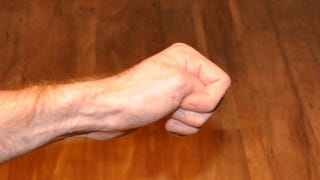 Turn Off Your Gag Reflex by Squeezing Your Left Thumb