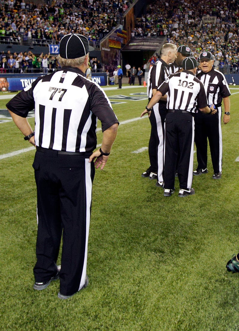 Illustration for article titled The Packers-Seahawks Refs: Who Are Those Guys?