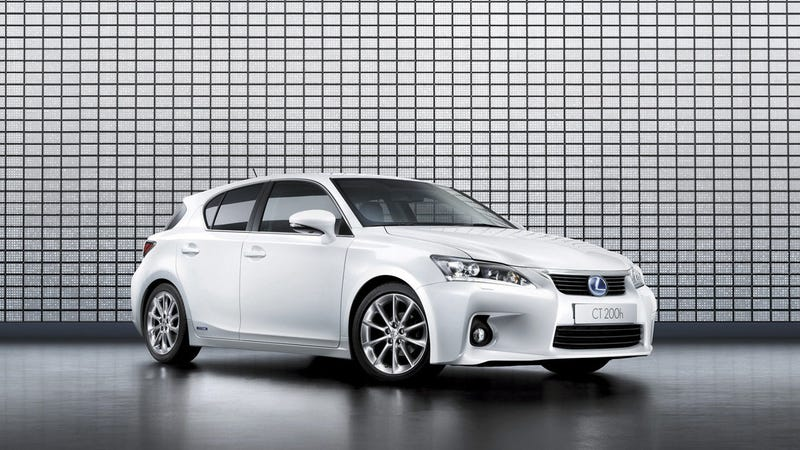 The Next Gen Lexus Ct200h Hatchback Could Compete With The