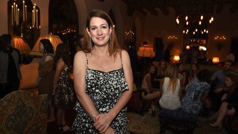 Universal snatches up con woman story from Gone Girl's Gillian Flynn