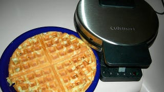 Illustration for article titled Use Your Old, Neglected Waffle Iron to Make Brownies, Muffins, and Even Hash Browns