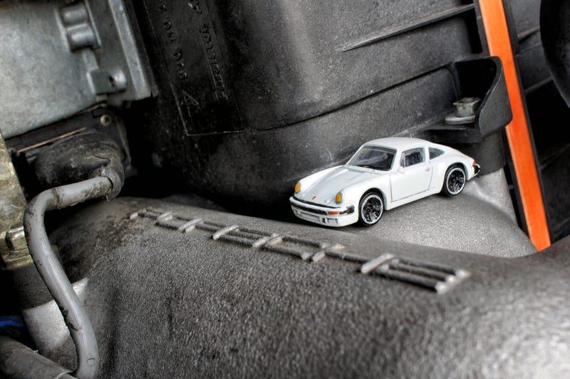 Illustration for article titled LaLD Engine Week: 6 Cylinders - Porsche 911 Carrera Custom