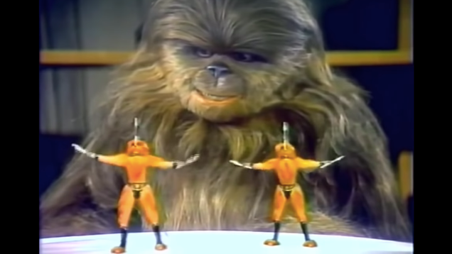 13 Helpful Party Tips From the Star Wars Holiday Special