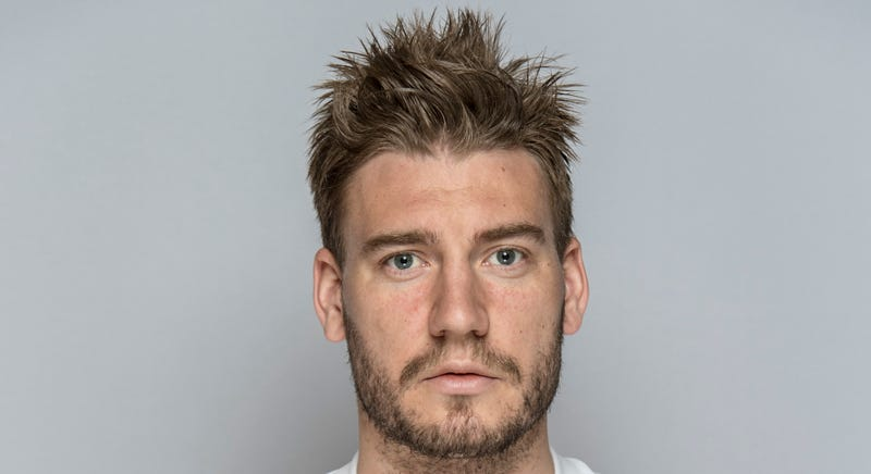 Illustration for article titled Nicklas Bendtner Decked A Cabbie And Broke His Jaw