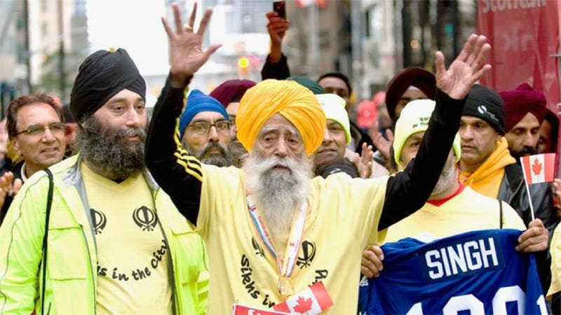 Illustration for article titled Fauja Singh just ran a marathon. He's also 100 years old.