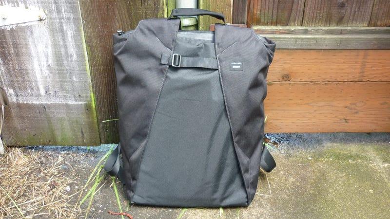 Illustration for article titled Crumpler Nhill Heist Laptop Bag