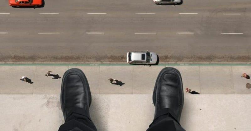 Illustration for article titled El salto imposible de Ronald Opus, el suicida que se lanzó por una ventana y aterrizó con una bala en la cabeza